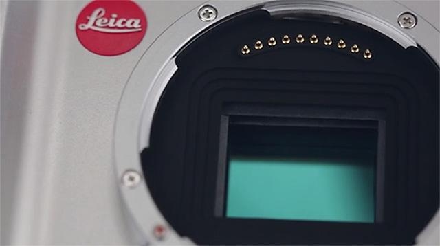 ライカ T Type 701の1630万画素 APS-C センサーはソニー製