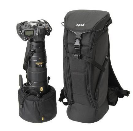 超望遠レンズを装着した一眼レフカメラに特化したリュックタイプのカメラバッグ「エツミ アペックス ロングレンズケース」