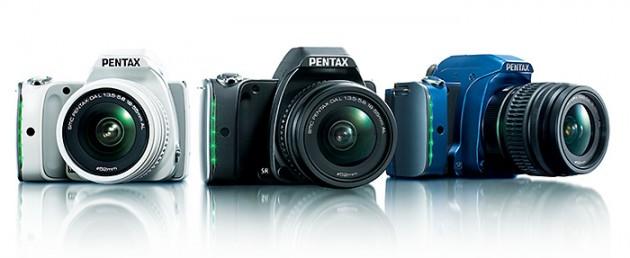 PENTAX K-S1正式発表。サイズは世界最小一眼レフ「EOS Kiss X7」とほぼ同等、性能は中級機並み!