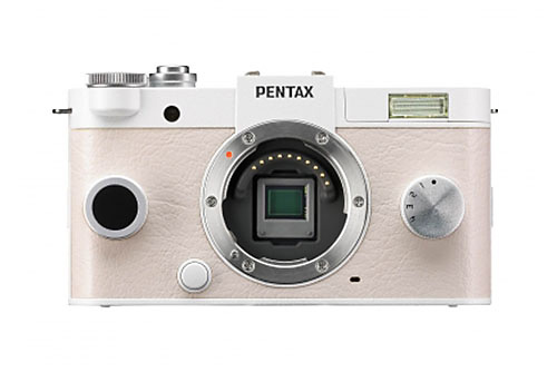 「PENTAX Q-S1」は1/1.7型センサー搭載。