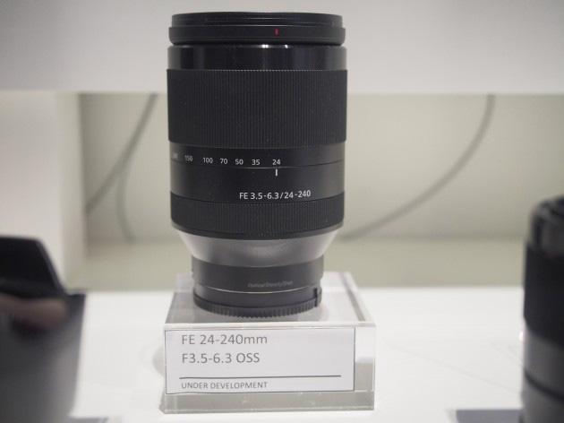 FE24-240mmF3.5-6.3OSS