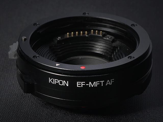 マイクロフォーサーズ用EFレンズアダプター「KIPON EF-MFT AF」