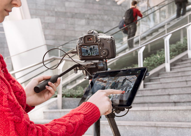 マンフロットiPad Airを優先接続でテザー撮影可能な「Digital Director」を発表。