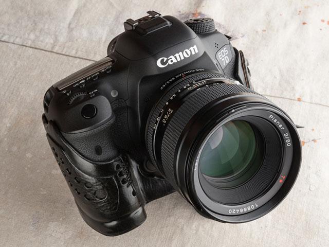 キヤノンEOS 7D Mark II用のレザーケース リコイル Canon EOS 7D MarkII【Heavyweight leather/Patched style case】Italian Black