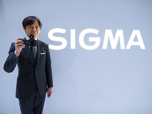 シグマは今後も売れ筋商品やOEMではなく、高性能レンズに注力。