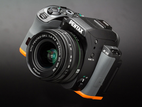 PENTAX K-S2 レビュー「機能や性能、操作性のよさ、写りも一級品。それでいて、実売価格はエントリークラス。」