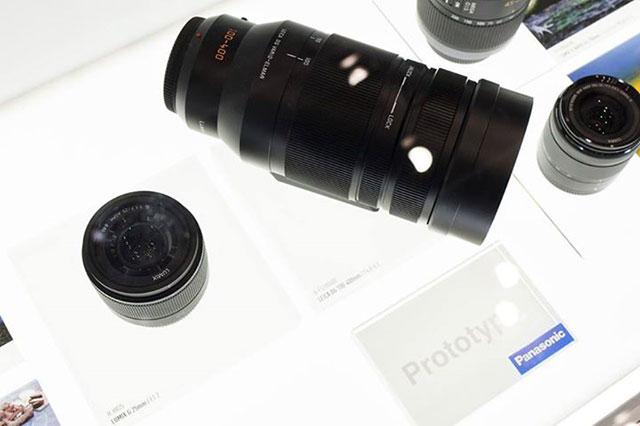 パナソニック「LEICA DG VARIO-ELMAR 100-400mm F4-6.3」プロトタイプ画像