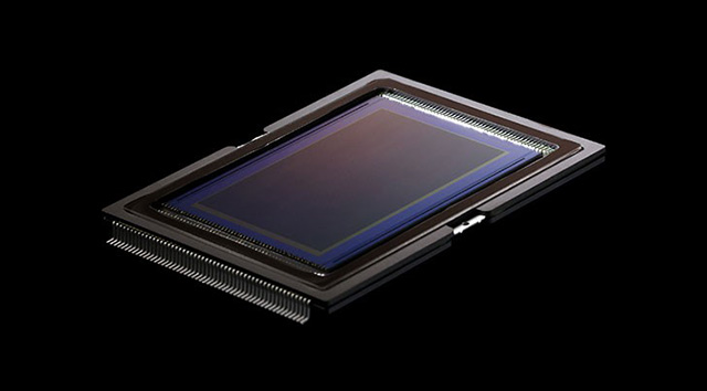 キヤノンがフルサイズ機に、他社製フルサイズセンサーの採用を検討中!?