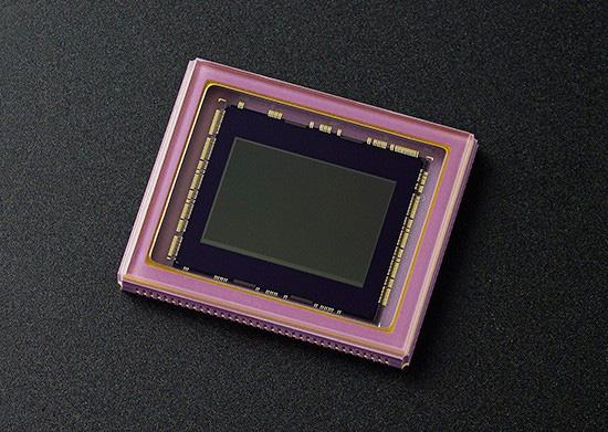 ニコンの1インチセンサー搭載ハイエンドコンパクトシリーズ