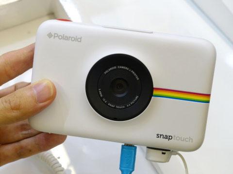 ポラロイド タッチ液晶付きプリンター内蔵デジカメ「Polaroid Snap Touch」