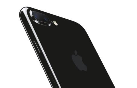 iPhone 7 Plusに背景ボカシ機能の「ポートレートカメラ」