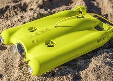 水中用カメラ付きドローン「Gladius Ultra HD 4K Underwater Drone」