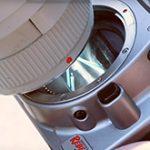 デジカメでフィルターを使わずに直接太陽を撮影すると、センサーは焼け焦げる模様。