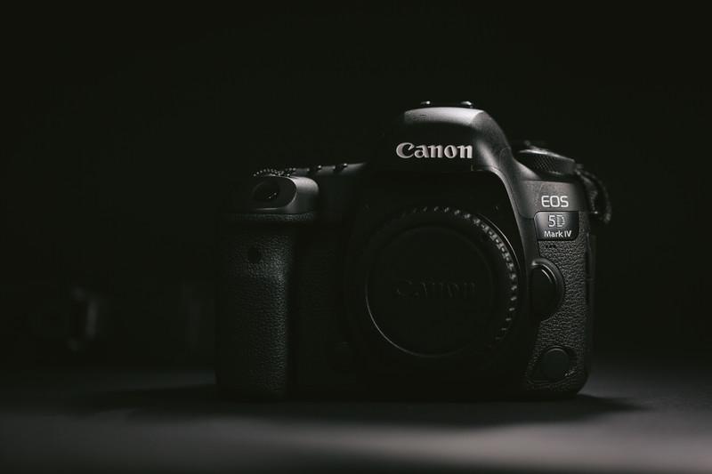 2018年1〜3月に発表されるミラーレス系カメラ&レンズの噂まとめ