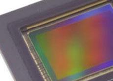 キヤノンが積層型センサーを開発中!?