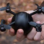 ドローン、アクションカム、セキュリティカメラにもなる球体型カメラ「PITTA」