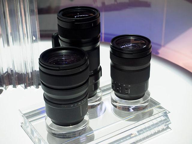 パナソニックのLマウントレンズは24-105mm、70-200mmとはF4通しになる模様。