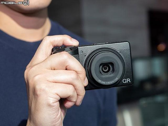 GR III