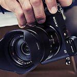 ソニーが「α6400」を正式発表。α9並みのAF性能で自撮り可能なタッチ式チルト液晶搭載。手ブレ補正は非搭載。