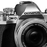 オリンパス「OM-D E-M10 Mark IV」が、2020年8月/9月に登場する!?E-M1 Mark IIのバリアングル液晶を搭載!?