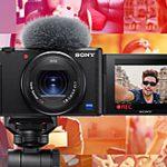 マップカメラの販売ランキングでソニーの「VLOGCAM ZV-1」が大差をつけての初登場1位になった模様。