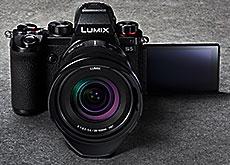 パナソニック「LUMIX S5」
