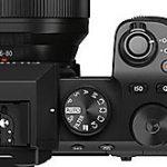 富士フイルム「X-S10」の製品リーク画像第二弾。サイズは126.0x85.1x65.4mmで重さ465gの模様。