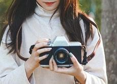 EFマウントのレンズ交換式インスタントカメラ「NONS SL42」