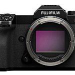 富士フイルム「GFX 100S」のリーク画像が登場。噂通りに小型に仕上がっている模様。
