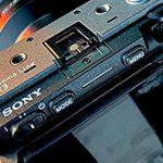 ソニーのプロ向けカムコーダー「FX3」の背面画像とスペックのリーク情報。