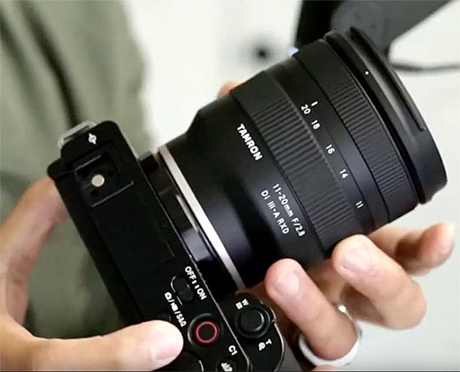 ソニーのVlogger向けEマウントAPS-C機「ZV-E10」